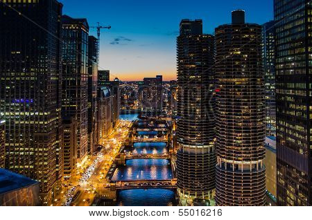 View of Chicago River at dusk