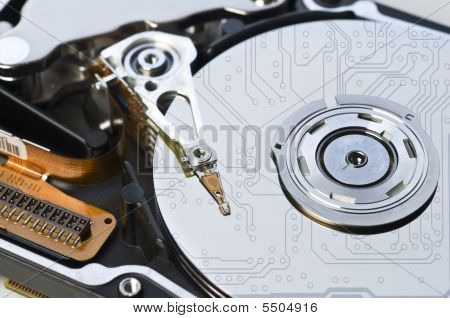Hard Disk With Circuit Reflection