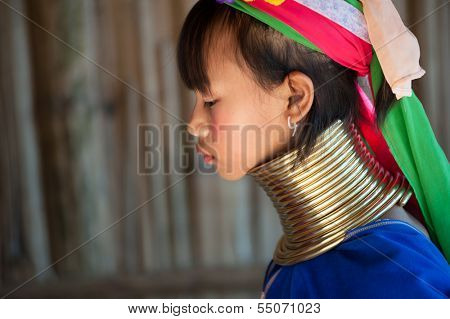 MAE HONG SON, THAILAND - DECEMBER 4: Unidentified Karen tribal woman near Mae Hong Son, Thailand, Chiang rai, Karen Long Neck hill tribe village, December 4 2013. Famous tourist destination