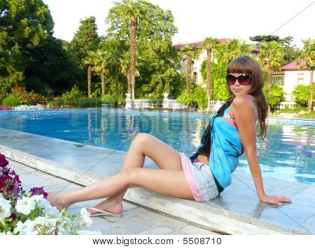 Sexual Girl And Pool