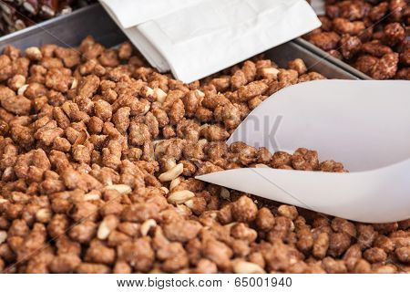 Peanuts Glazed With Caramel On Sale