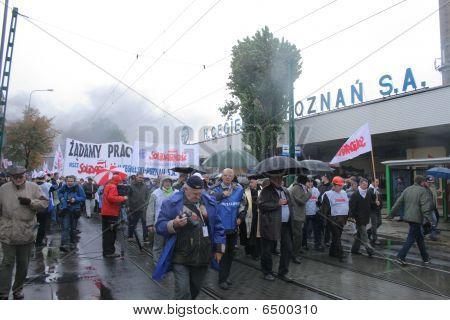 Polish workers strike