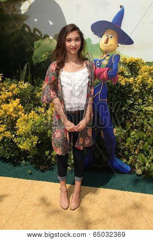 LOS ANGELES - MAY 3:  Rowan Blanchard at the