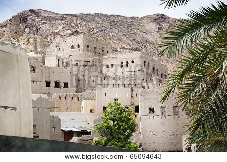 Buildings Birkat Al Mud