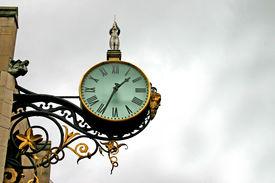 Trumpet Clock