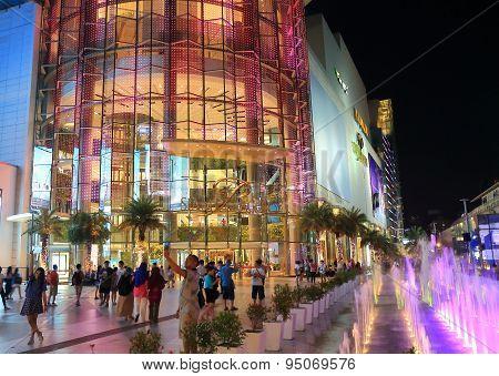 Bangkok night shopping