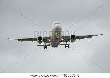 Landing of a commercial plane