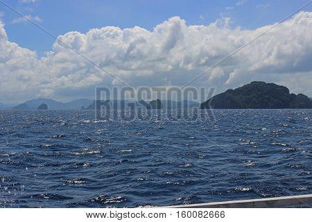 Traditional filippino island in the sea, El Nido, Philippines