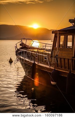 Wooden Boat Ready to sail into the Sunset