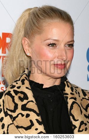 LOS ANGELES - DEC 4:  Katherine LaNasa at the TrevorLIVE Los Angeles 2016 at Beverly Hilton Hotel on December 4, 2016 in Beverly Hills, CA