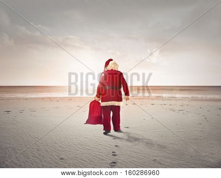 Santa can't miss the beach either