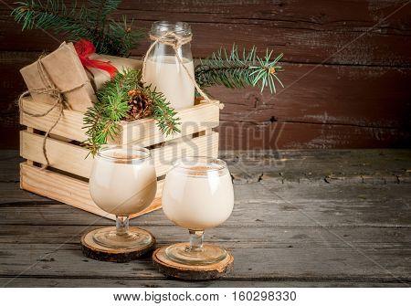 Traditional Christmas Cocktail - Irish Cream Or Cola De Mono