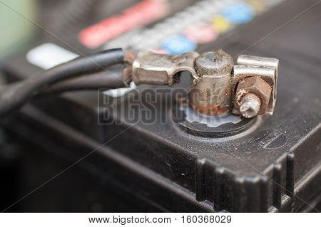 car battery negative polarity. Accumulator in car