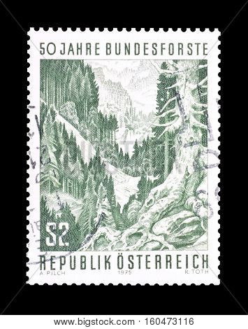 AUSTRIA - CIRCA 1975 : Cancelled stamp printed by Austria, that shows Forest.