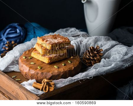 Christmas Pumpkin Spiced Blondies For Winter Snack