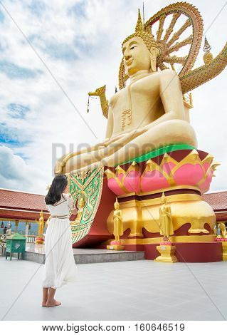 Buddhist Girl Praying
