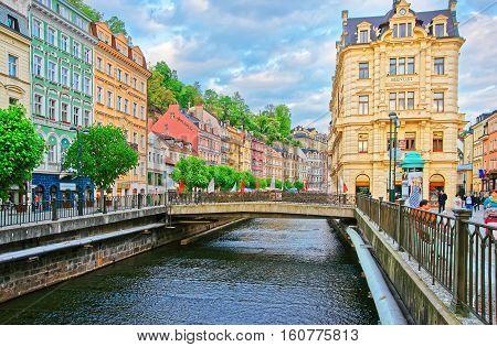 People In Vridelni Street Of Karlovy Vary