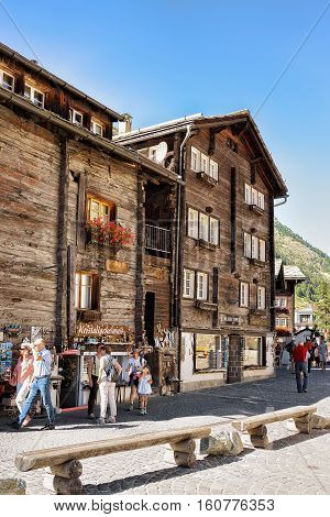 Tourists At Center Of Zermatt Switzerland