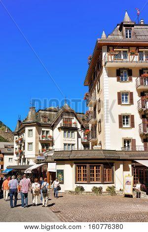 Tourists At Center Of Zermatt Town Valais