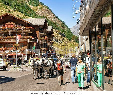 Tourists At City Center In Zermatt In Valais