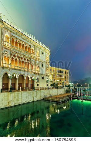 Venetian Macao Casino And Hotel Luxury Resort Macau Golden Light