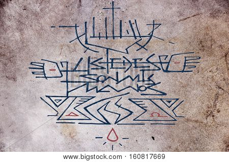 Hand drawn illustration or drawing of Jesus Christ at the Cross and the phrase in spanish: Ustedes son mis manos wich means: You are my hands
