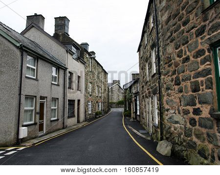 Unique character buildings surrounding narrow street in Dollgellau, Wales