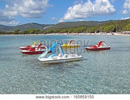 Pedal boat day-trip, enjoying in the sun