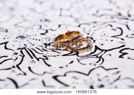 Wedding golden rings, happy and love, diamonds