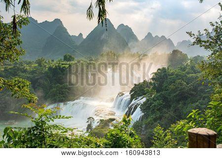 Ban Gioc - Detian waterfalls in Guangxi province China