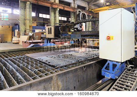 CNC gas cutting machine oxy acetylene cutting steel sheets.