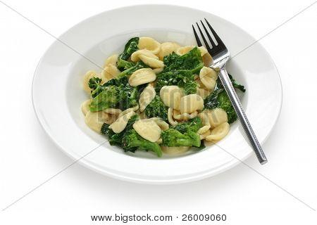 orecchiette con le cime di rapa , italian food