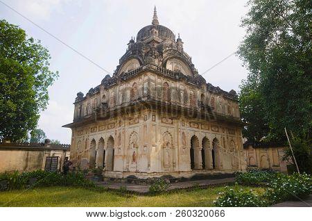 Chhatri Of Maharaja Vijay Bahaddur. 8th Raja Of Datia 1839 To 1857. Datia Had Formerly Been A State
