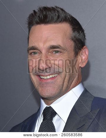 LOS ANGELES - SEP 22:  Jon Hamm arrives to the
