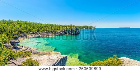 Bruce Peninsula,canada - June 28,2018 - Panoramic View At The Indian Head Cove In Bruce Peninsula Na