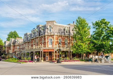 Niagara On The Lake,canada - June 26,2018 - In The Streets Of Niagara On The Lake. Niagara On The La