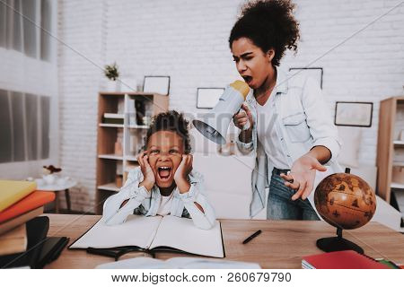 Mother And Daughter Screams Together. Studio And Mother With Daughter. Holiday With Family. Smile An