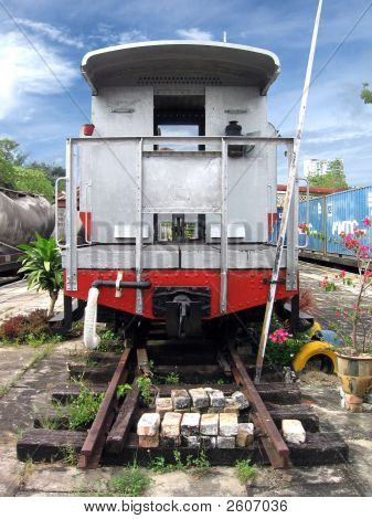 Train_Head Copy
