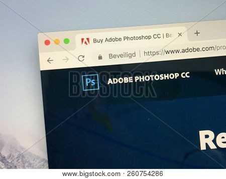 Amsterdam, The Netherlands - September 30, 2018: Website Of Adobe Photoshop Creative Cloud.