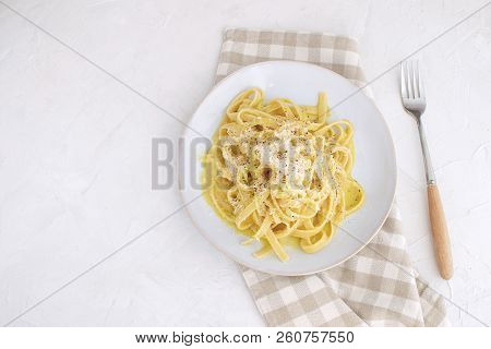 Healthy Food Low Fat Vegetarian Carbonara With Zucchini Checkered Napkin Slow Carb Dinner Top View W