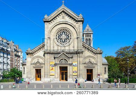 Paris, France - September 7, 2018: Unknown People Go Near Catholic Church Of Eglise Notre-dame-des-c