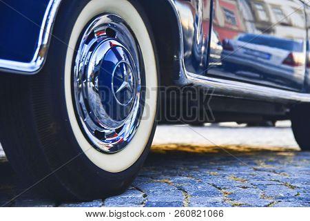Hustopece, Czech Republic - September 29, 2018: Mercedes Benz Logo On Vintage Car Wheel. Mercedes-be
