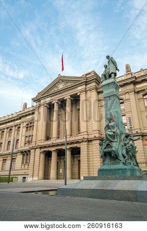 Palacio De Tribunales De Justicia In Downtown Santiago