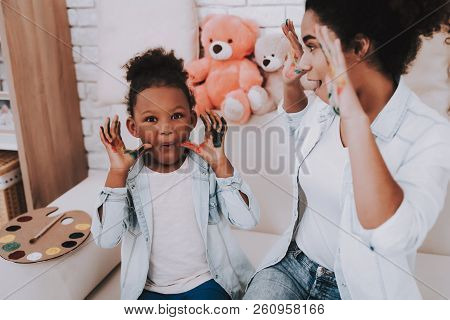 Smile And Happy Time With Mother And Daughter. Hobbies For Mother And Daughter. Offspring With Mothe