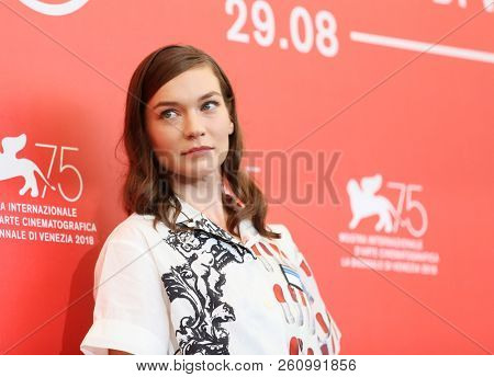 Hannah Gross attends 'The Mountain' photocall during the 75th Venice Film Festival at Sala Casino on August 30, 2018 in Venice, Italy.