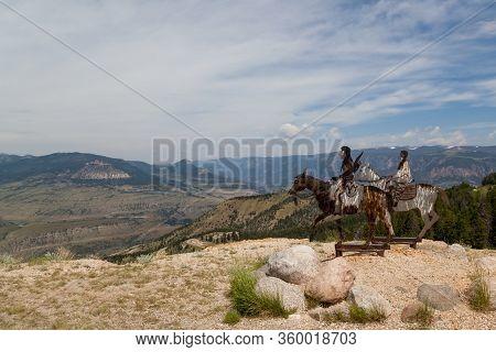Dead Indian Pass, Wyoming / Usa - July 14, 2014:  Metal Cutout Artwork Of Nez Perce Tribal Members O