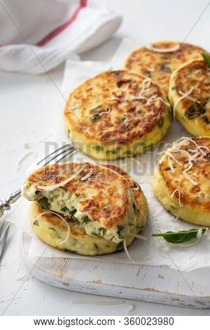 Cottage Cheese Pancakes With Spinach And Cheese.