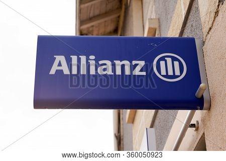 Bordeaux , Aquitaine / France - 01 15 2020 : Allianz Insurance Logo Sign Store Office Financial Serv