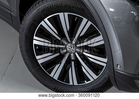 Novosibirsk, Russia - April  02, 2020  Volkswagen Touareg, Close-up Car Wheel With Aluminum Alloy Wh