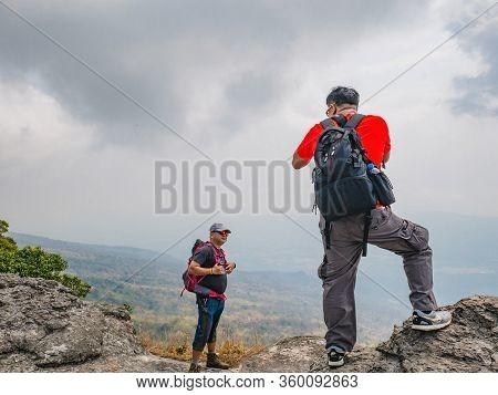 Loei/thailand-17 Feb 2019:unacquainted Tourist On Yeabmek Cliff Phu Kradueng Mountain National Park